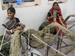 Carpet weavers in Jaipur, India